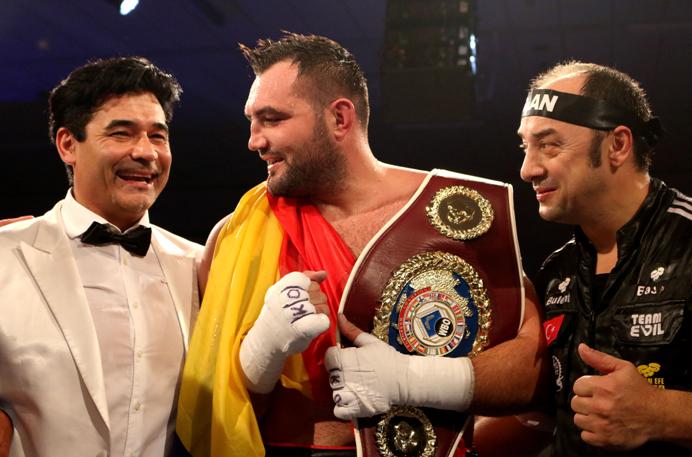 Showdown in Russland – dem Sieger winkt ein WM-Kampf! Christian Hammer trifft am 15. Dezember in Jekaterinburg auf Alexander Povetkin