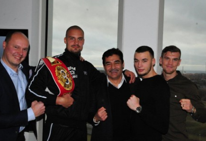 Grüße zum Jahreswechsel und EC Boxing-News