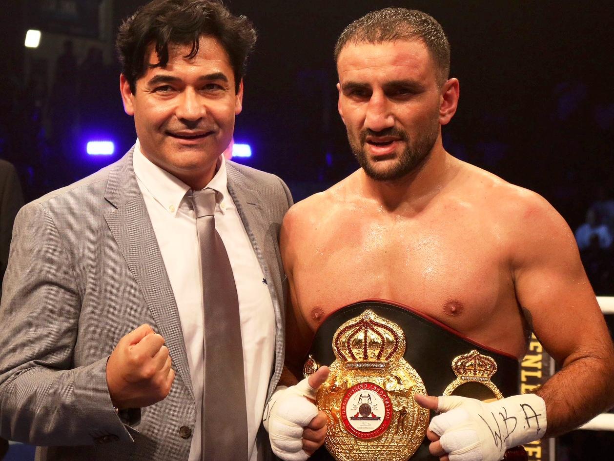 Europameisterschaft im Halbschwergewicht: Karo Murat vs. Dominic Bösel in Dresden