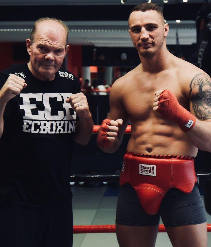 ECB-Schwergewichtler Smakici boxt in Toronto