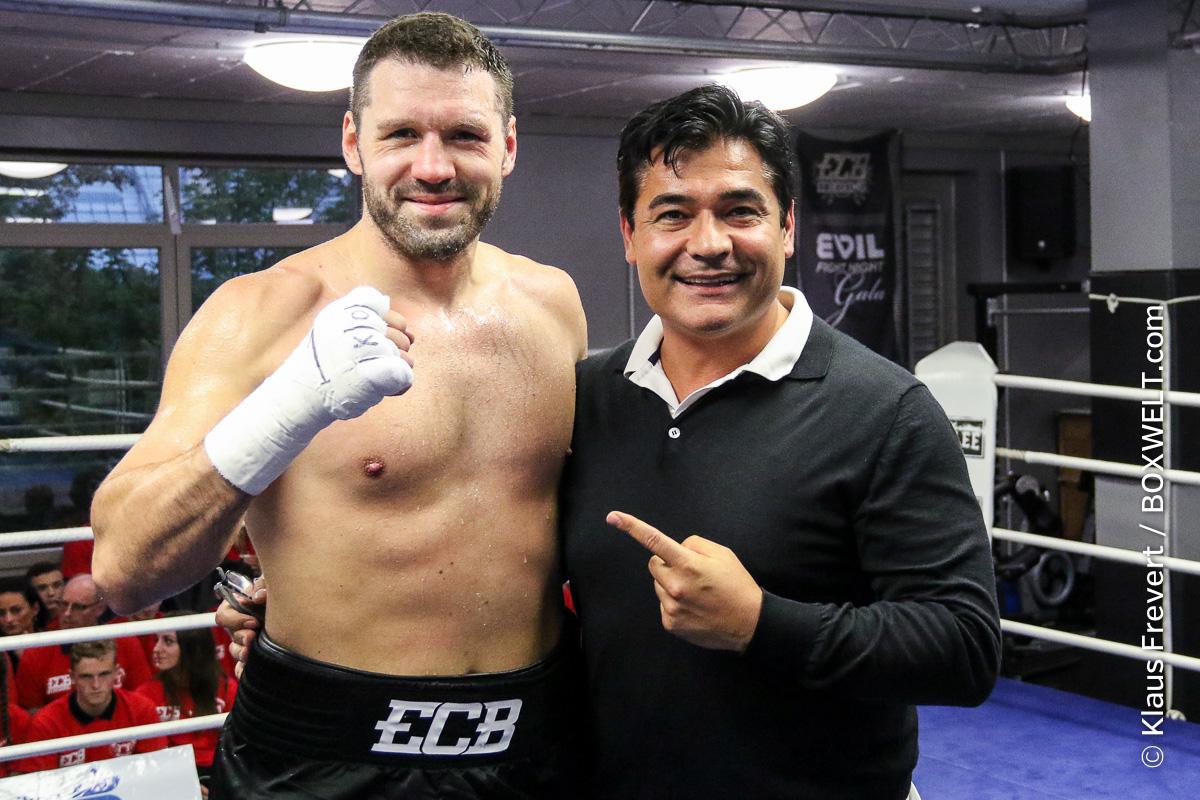 Erik Pfeifer boxt am 13. April in Halle an der Saale gegen Altmeister Michael Sprott